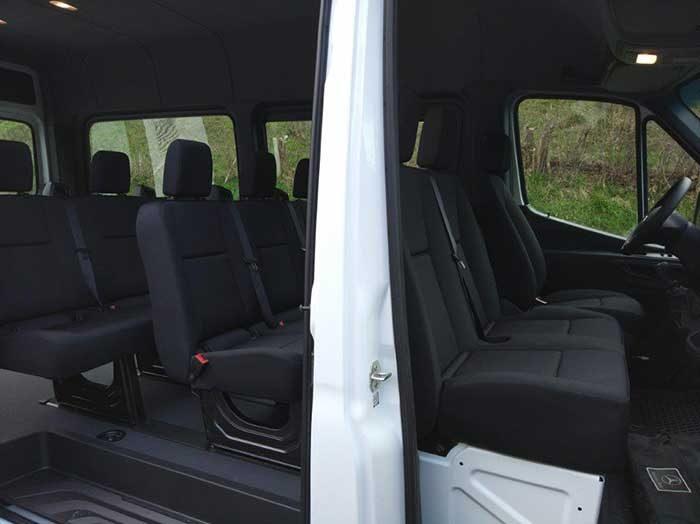 Furgoneta microbús Mercedes Sprinter Tourer